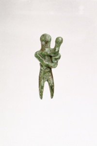 064. Mother And Child - Mycenaean