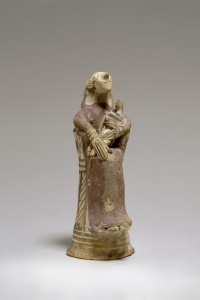 084. Mother Goddess with Child - Archaic